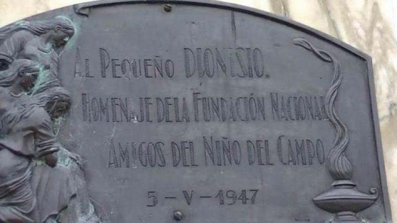 Monumento a Dionisio Díaz